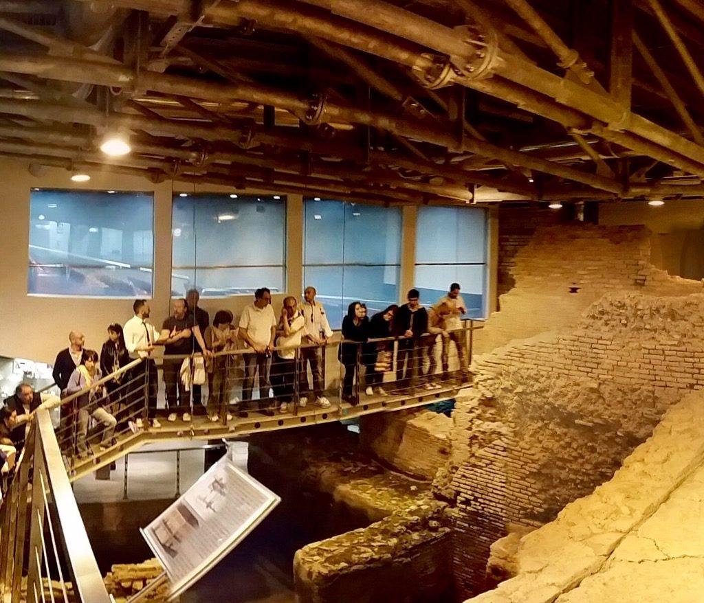 visita guidata area archeologica sotterranea Vicus Caprarius Città dell'Acqua